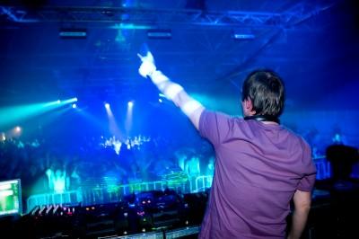 DJ Paulie vs. DJ Pauly D